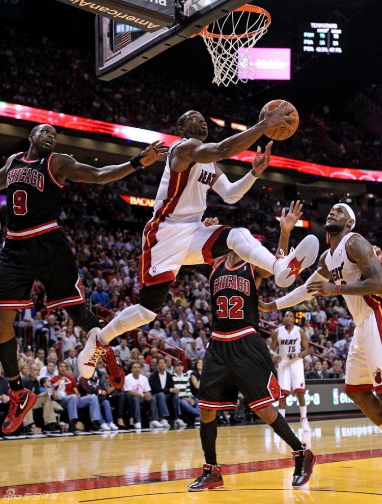 美职篮2011-2012赛季常规赛第17周球鞋报道
